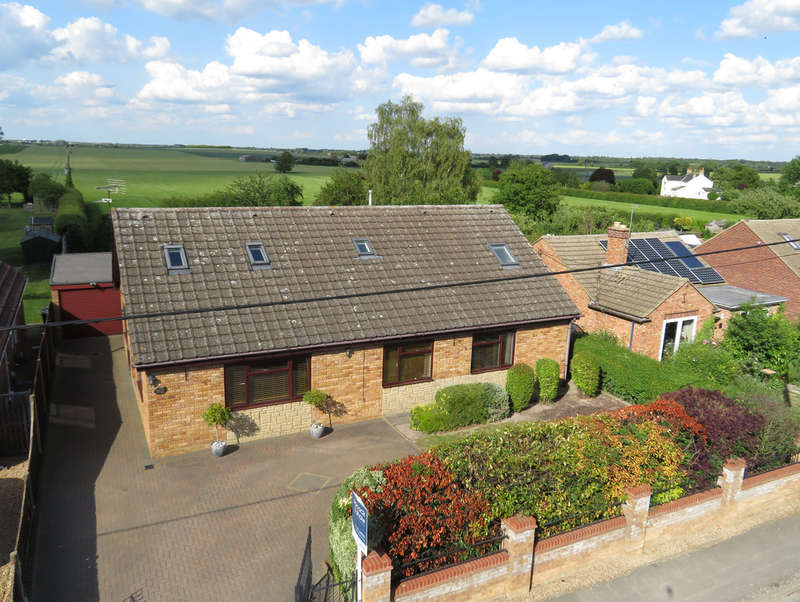 5 Bedrooms Detached Bungalow for sale in Toyse Lane, Burwell