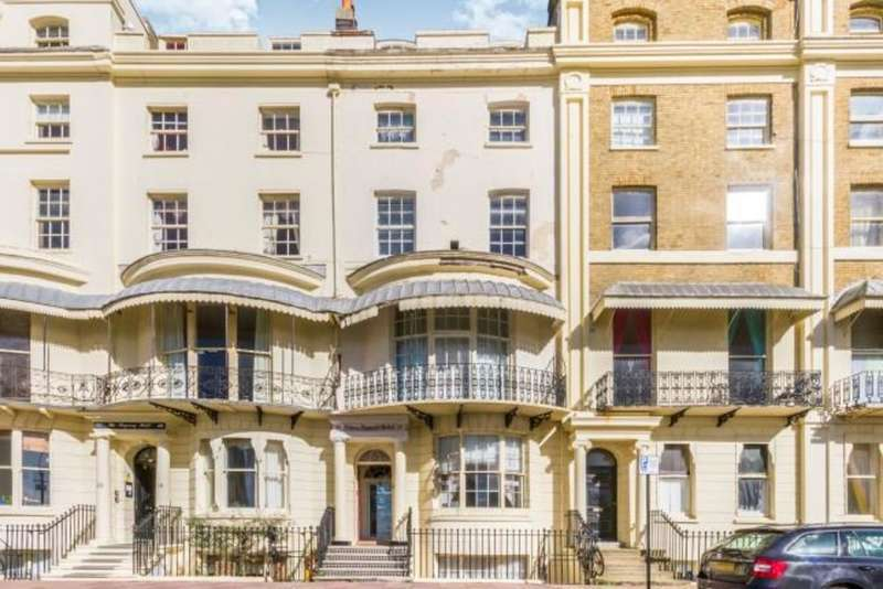 24 Bedrooms Terraced House for sale in Regency Square, Brighton, BN1 2FH