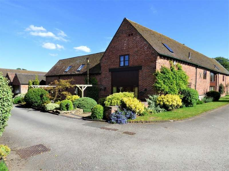 3 Bedrooms Barn Conversion Character Property for sale in Pipehill, Lichfield