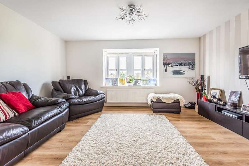 3 Bedrooms House for sale in Graylands Close, Cippenham, SL1