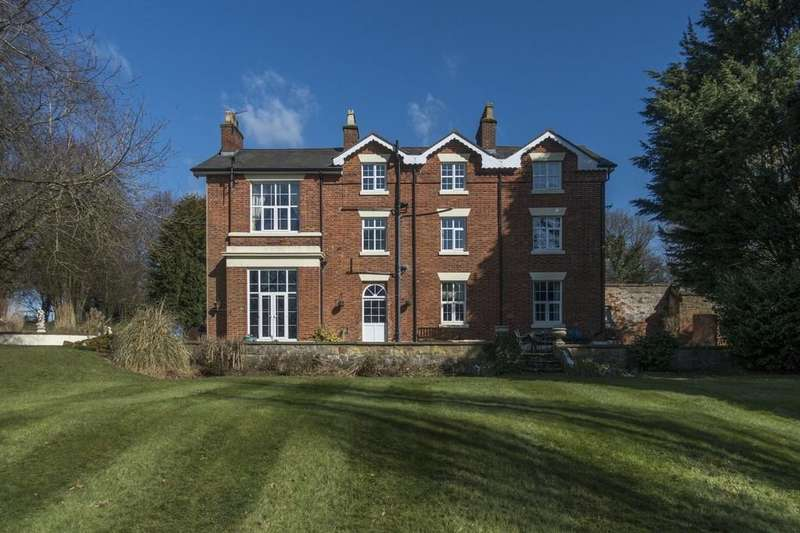 7 Bedrooms Detached House for sale in Warrant Road, Stoke On Tern, Market Drayton
