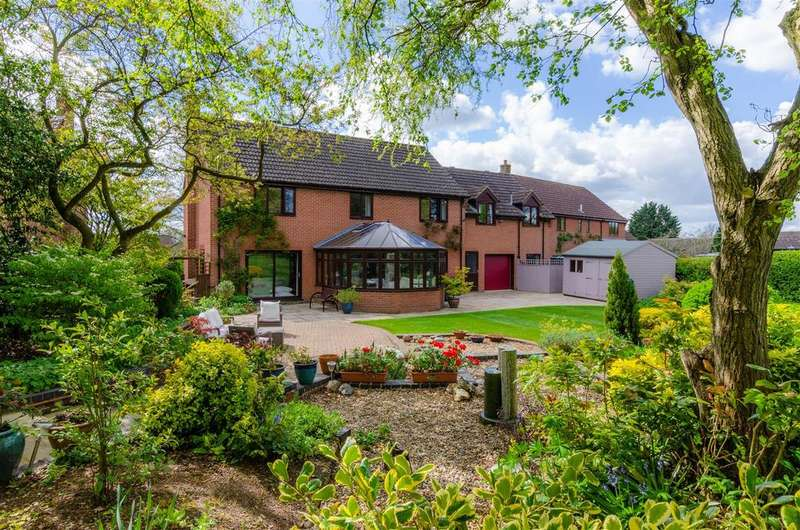 6 Bedrooms Detached House for sale in Orchard Close, Barford