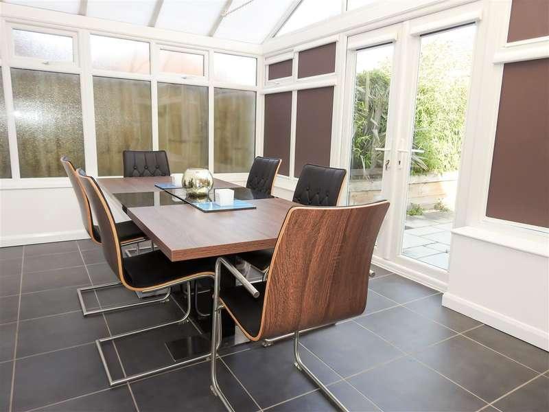 4 Bedrooms Semi Detached House for sale in Aycliffe Drive, Buckshaw Village