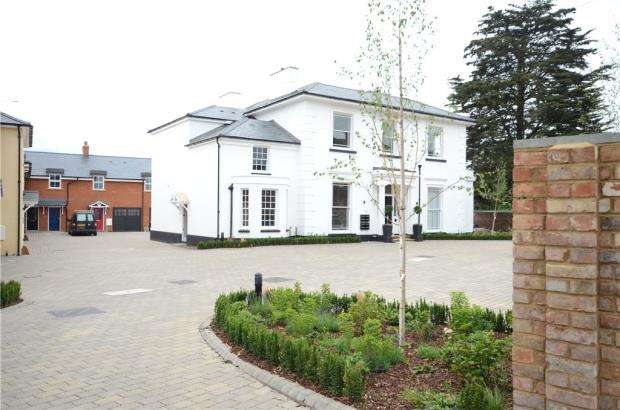 1 Bedroom Apartment Flat for sale in Castle Crescent, Reading, Berkshire