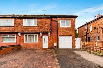 4 Bedrooms Semi Detached House for sale in Newport Avenue, Reddish, Stockport, Cheshire