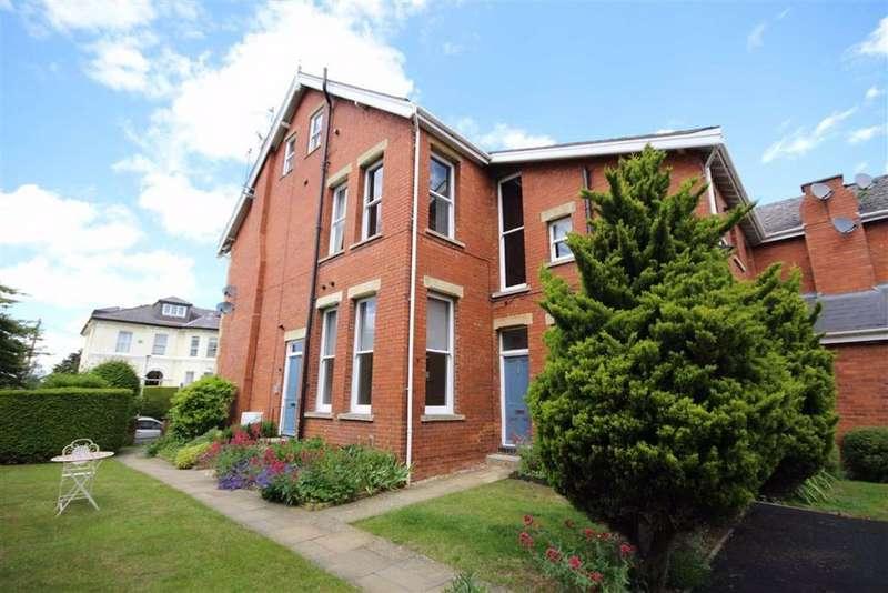 2 Bedrooms Flat for sale in St Stephens Road, Tivoli, Cheltenham, GL51