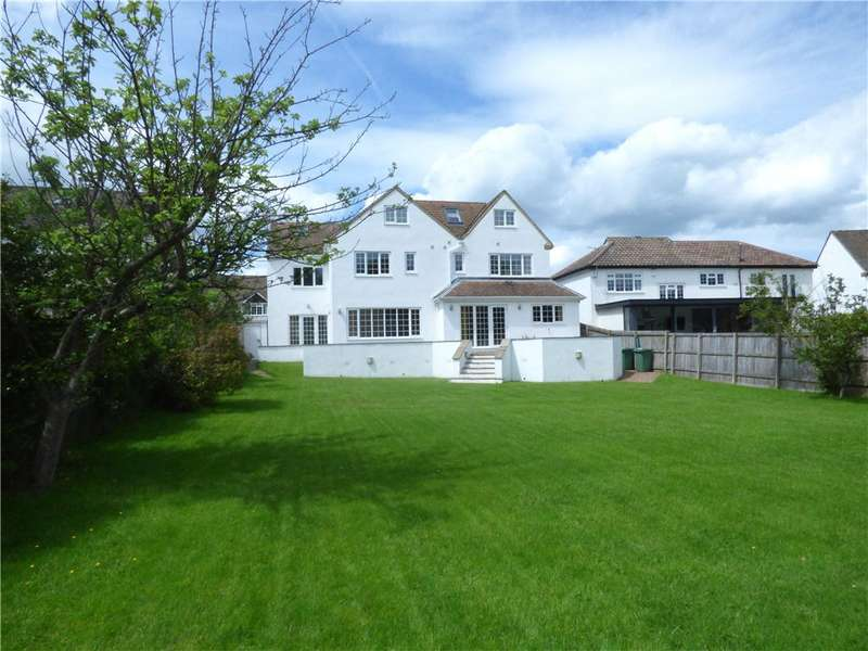 7 Bedrooms Detached House for sale in Dales Drive, Tranmere Park, Guiseley