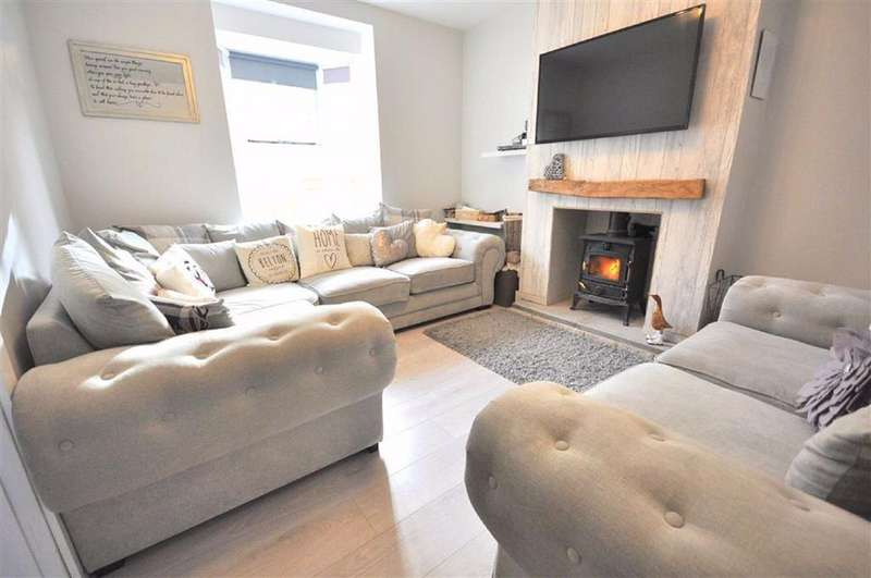 4 Bedrooms Detached House for sale in Westward Road, Ebley