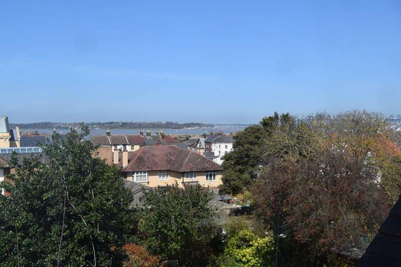 7 Bedrooms Terraced House for sale in Harwich, CO12 3JX