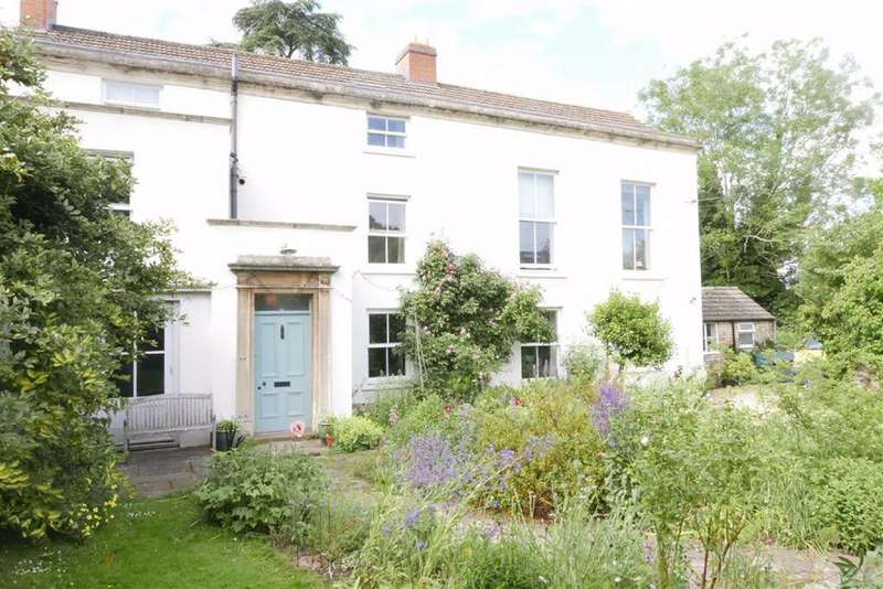 4 Bedrooms Link Detached House for sale in 4 Hill Road, Dursley, GL11