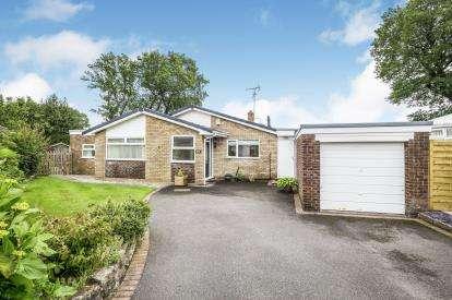 4 Bedrooms Bungalow for sale in St. Peters Park, Northop, Mold, Flintshire, CH7