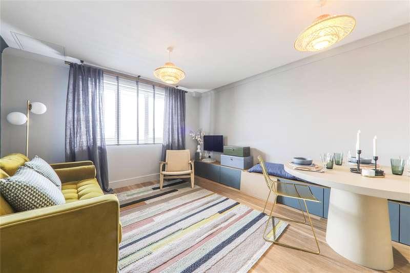 2 Bedrooms Apartment Flat for sale in Alston House, Market Street, Bracknell, Berkshire, RG12
