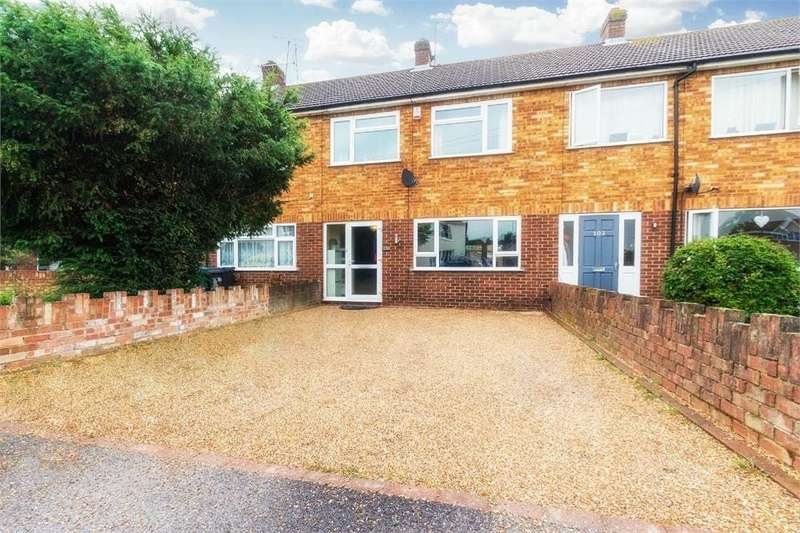 3 Bedrooms Terraced House for sale in Albany Road, Old Windsor, Berkshire