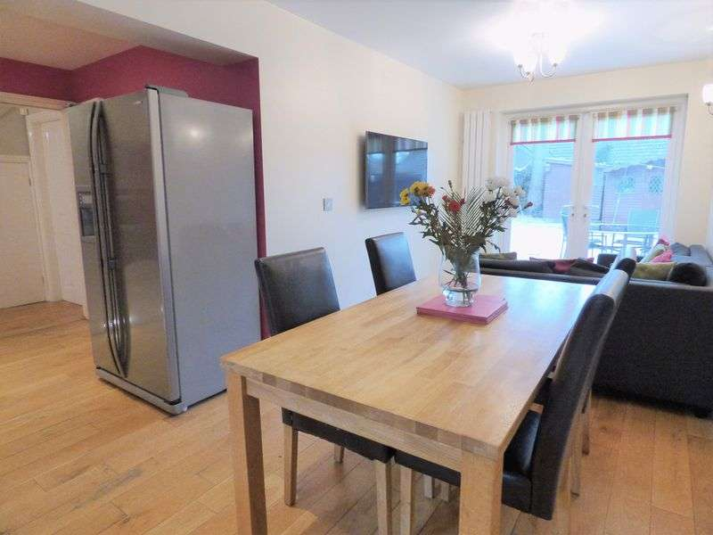 4 Bedrooms Property for sale in Ayrton View, Lancaster