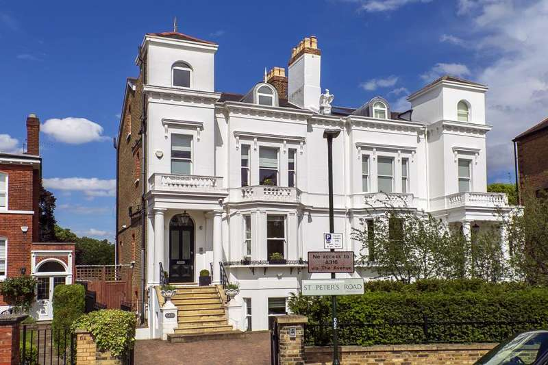 5 Bedrooms Semi Detached House for sale in St Peters Road, Richmond