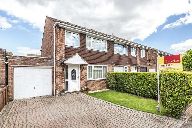 3 Bedrooms House for sale in Trent Crescent, Thatcham, RG18