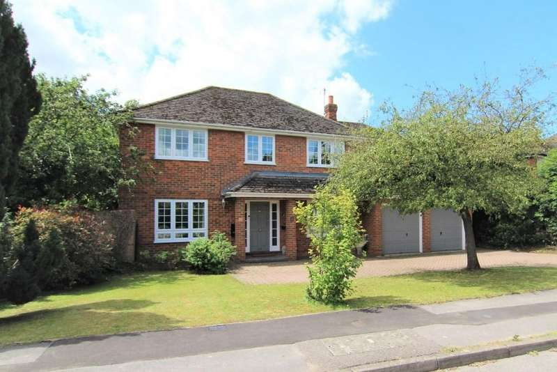 6 Bedrooms Detached House for sale in Mayfields, Sindlesham, Wokingham, Berkshire
