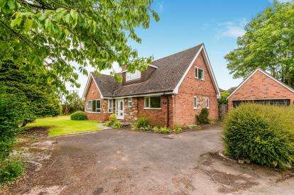 4 Bedrooms Bungalow for sale in Boat Lane, Weston, Stafford, Staffordshire