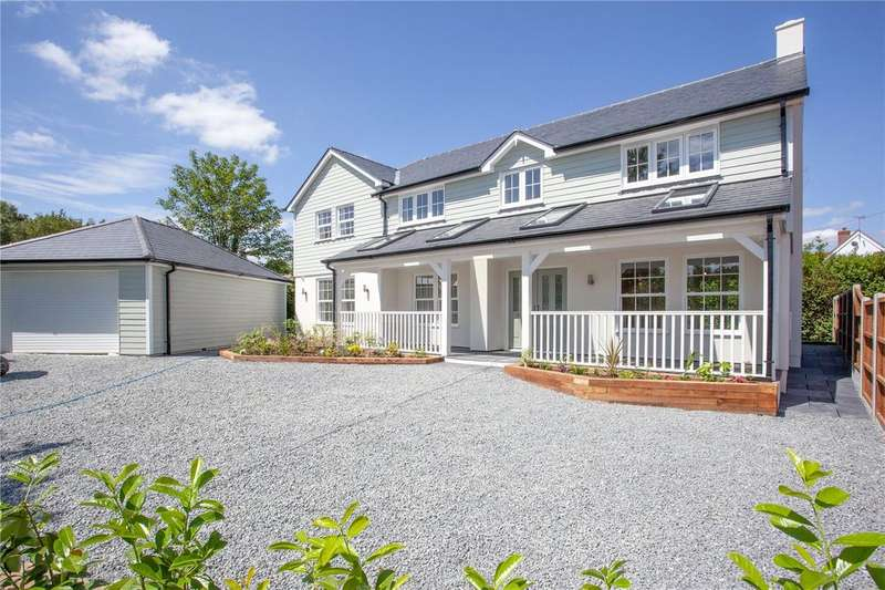 4 Bedrooms Detached House for sale in The Common, Galleywood, Chelmsford, CM2