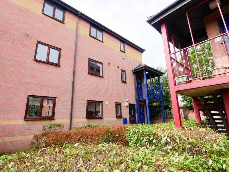 1 Bedroom Flat for sale in New Walls, Totterdown, Bristol, BS4 3TB