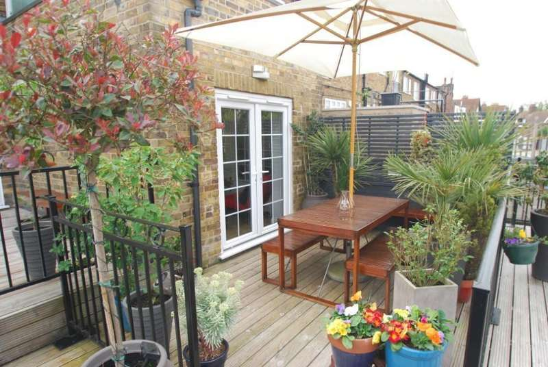 2 Bedrooms Flat for sale in Chiltern Parade, Amersham, HP6