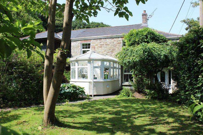 4 Bedrooms Cottage House for sale in Prideaux Road, Par