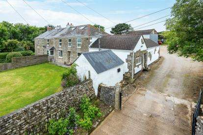 4 Bedrooms Equestrian Facility Character Property for sale in Land and Livery, Near Helston, Cornwall