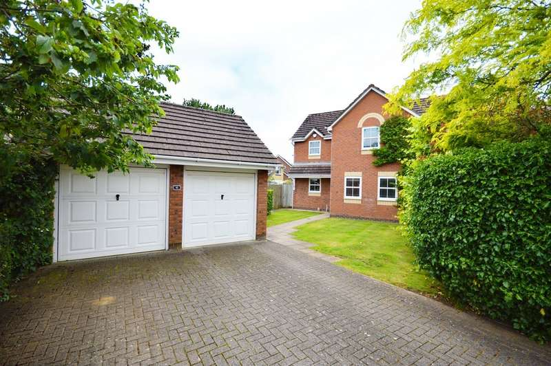 4 Bedrooms Detached House for sale in Gover Road, Hanham, BS15