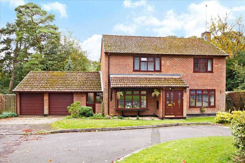 4 Bedrooms Detached House for sale in Kings Walk, Whitchurch