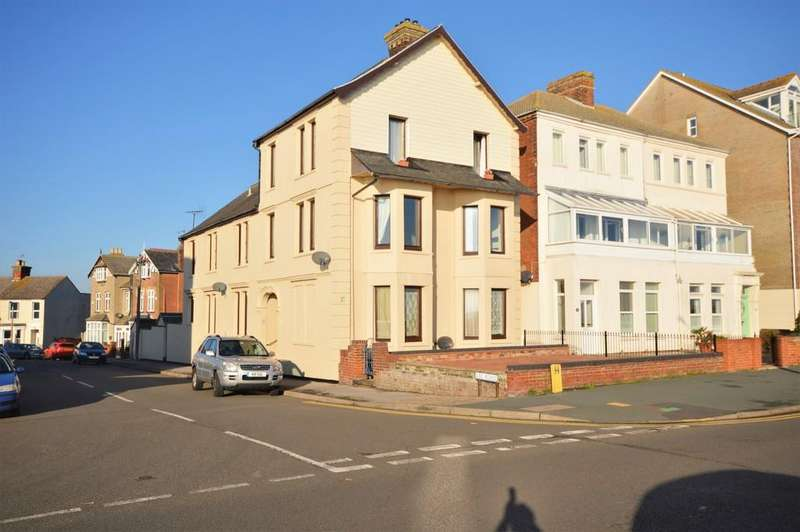 8 Bedrooms Detached House for sale in Marine Parade, Harwich