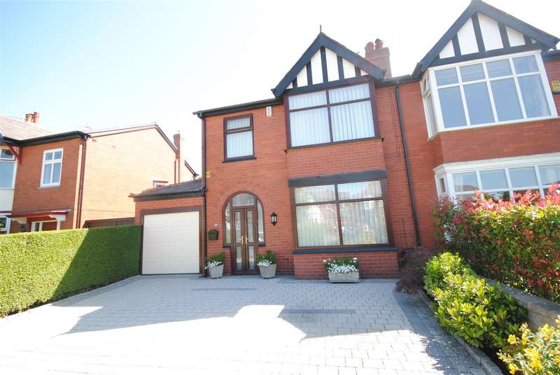 3 Bedrooms Semi Detached House for sale in Spencer Road, Whitley, Wigan