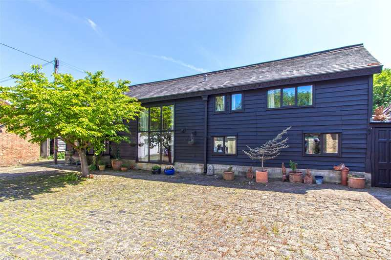 11 Bedrooms House for sale in The Barn, The Bungalow, The Dairy and The Annexe, Pendell Road, Bletchingley, Redhill