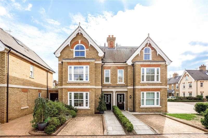 4 Bedrooms Semi Detached House for sale in Kensington Mews, Windsor, Berkshire, SL4