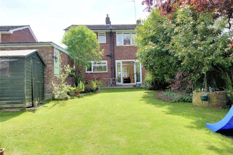 3 Bedrooms Detached House for sale in Clivedale Road, Woodley, Reading, Berkshire, RG5