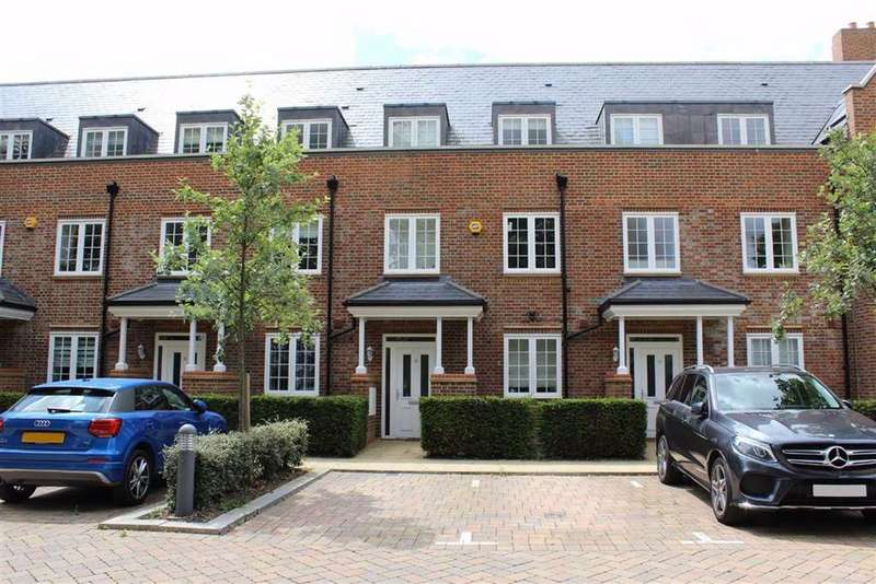 4 Bedrooms Terraced House for sale in Little Nights, St Albans, Hertfordshire