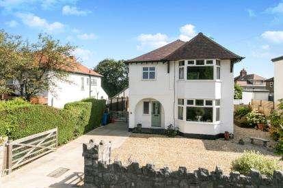 4 Bedrooms Detached House for sale in Tudor Avenue, Prestatyn, Denbighshire, ., LL19