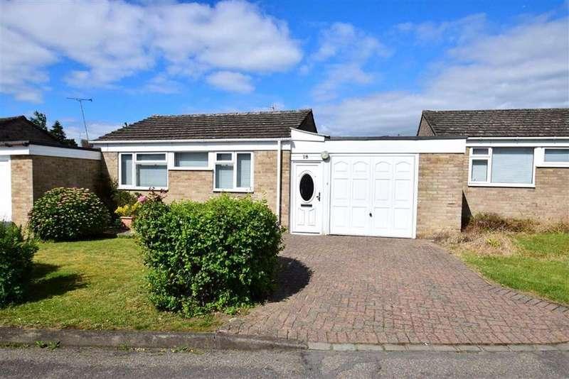 3 Bedrooms Bungalow for sale in Elstow Avenue, Caversham, Reading