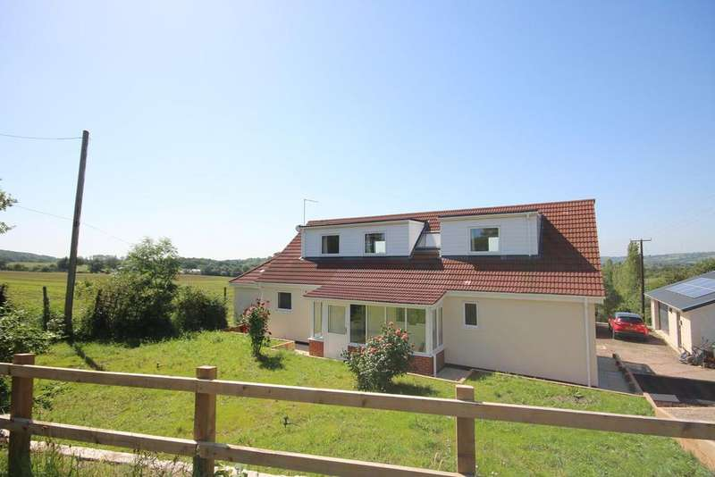 4 Bedrooms Detached Bungalow for sale in Hereford Road, Ledbury, HR8