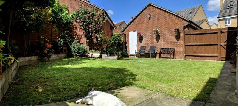 4 Bedrooms Town House for sale in Langlands Road, Bedford, Bedfordshire, MK41