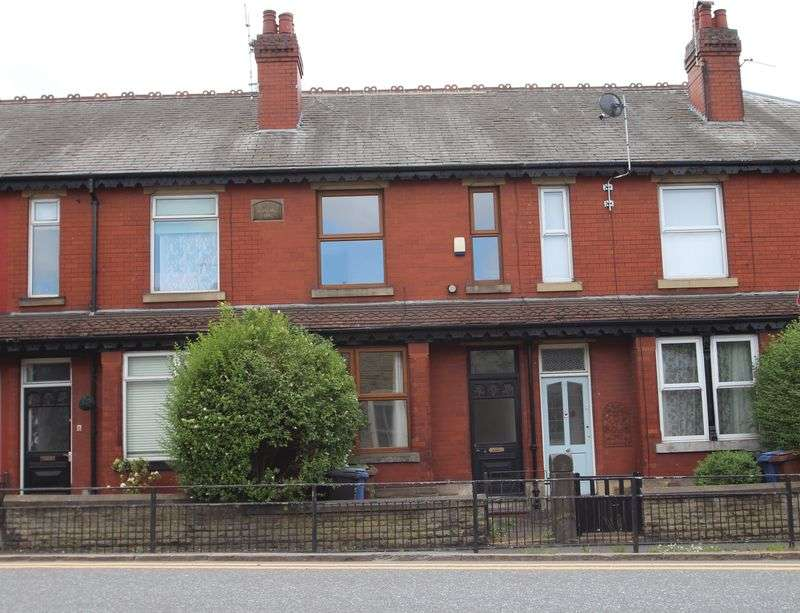 3 Bedrooms Property for sale in Berrycroft Lane Romiley, Stockport