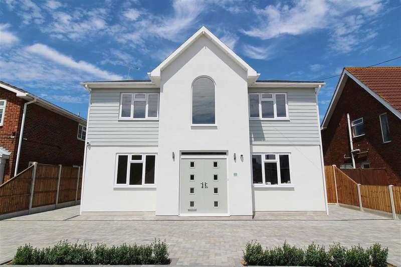 5 Bedrooms Detached House for sale in Louisa Avenue, Benfleet