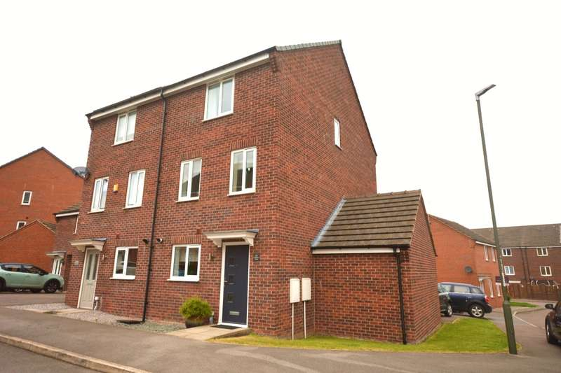 4 Bedrooms House for sale in Hetton Drive, Clay Cross, Chesterfield, Derbyshire, S45