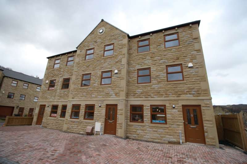 4 Bedrooms House for sale in Mill Bank Close, Todmorden, Lancashire, OL14