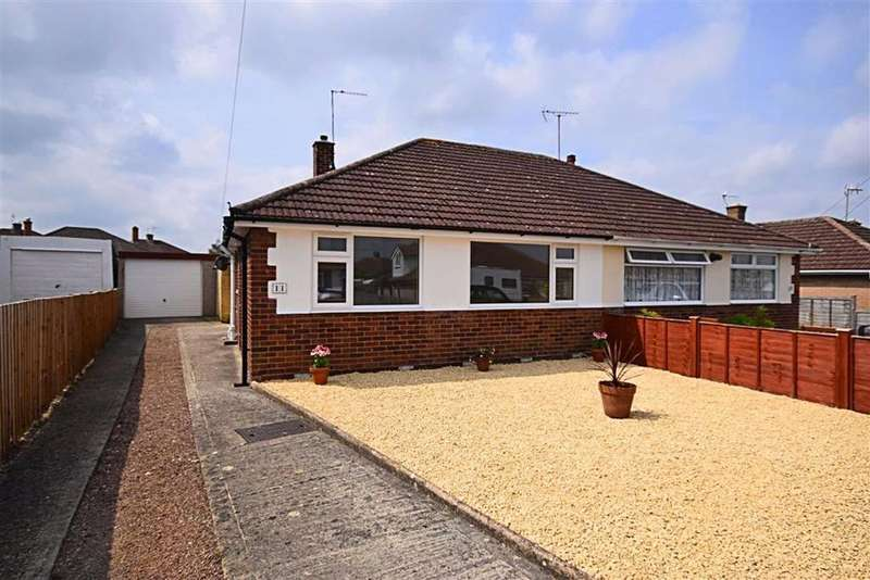 2 Bedrooms Bungalow for sale in St Davids Close, Cheltenham, Gloucestershire