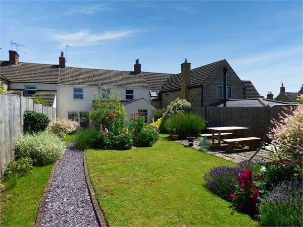 3 Bedrooms Cottage House for sale in Little Lane, Stanion, Kettering, Northamptonshire