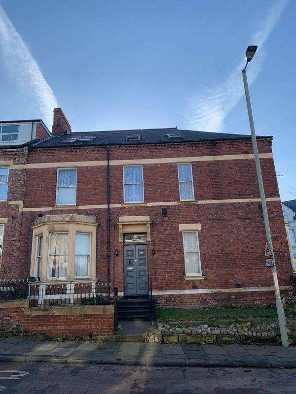 14 Bedrooms End Of Terrace House for sale in Beach Road, South Shields