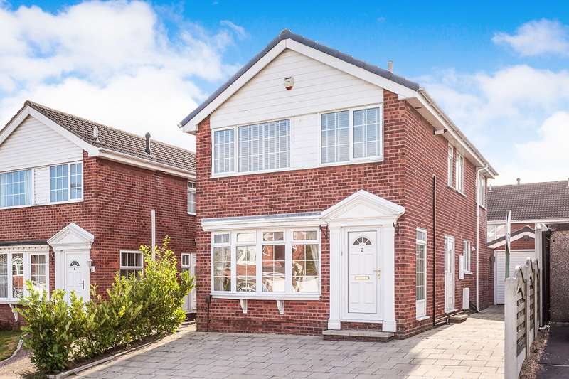 4 Bedrooms Detached House for sale in Laurel Court, Ossett, West Yorkshire, WF5