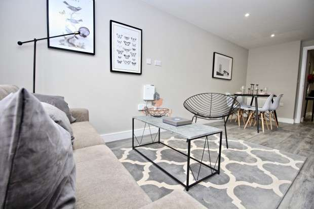 2 Bedrooms Apartment Flat for sale in Mill Street, Bedford, MK40