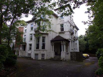 1 Bedroom Flat for sale in Ullet Road, Liverpool, Merseyside, L8