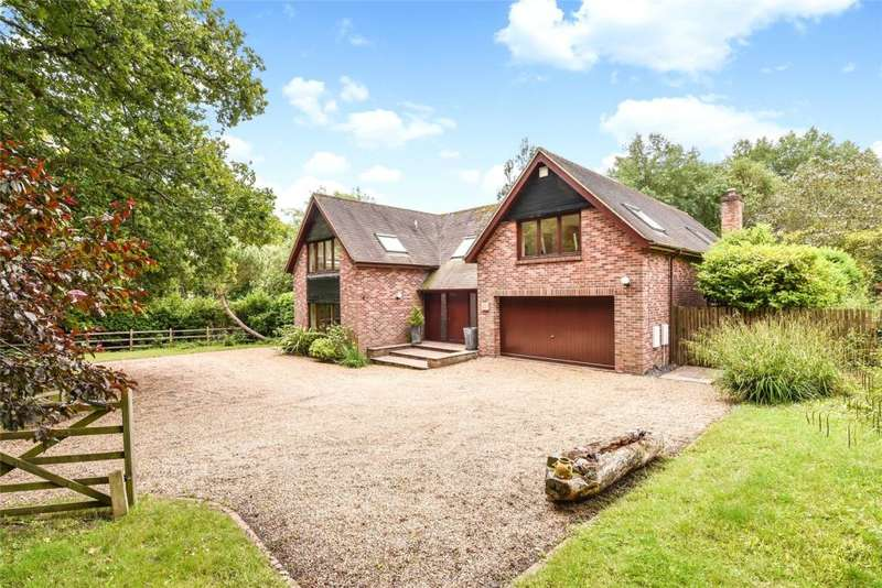 4 Bedrooms Detached House for sale in Woodmancote Lane, Woodmancote, Chichester West Sussex, West Sussex, PO10
